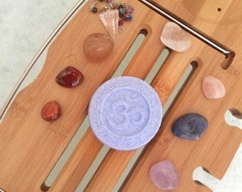 Crown Chakra Bath Bomb - Aromatherapy - Essential Oils - Bath Fizzies - Chakra Balancing - Chakra Healing, Clear Quartz Crystal, Ritual Bath