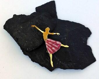 Brooch pink Ballet