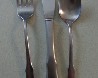Patrick Henry Flatware Vintage Oneida Community Stainless Youth Mixed Lot Spoon, Knife and Fork