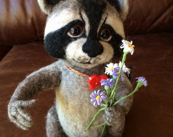 """Felted toy """"Raccoon with love"""""""
