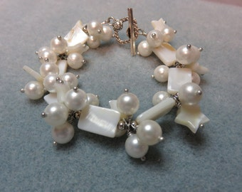 Freshwater Pearl Bracelet / Mother of Pearl Stars & Rectangles / Hand Wired / Silver Clasp