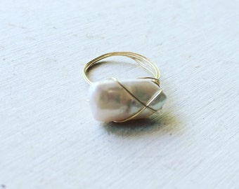 Freashwater Pearl Wire Wrapped Ring