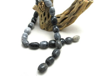 1 Strand Natural Black Grey Marble Beads Med Nugget (B93e)