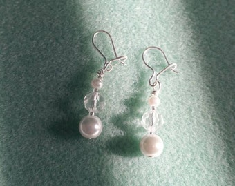 White glass pearl earrings