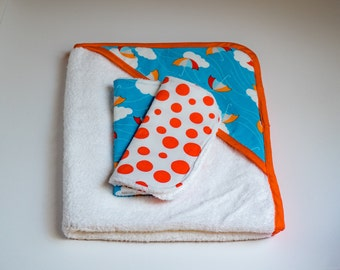 Hooded Towel with washcloth set