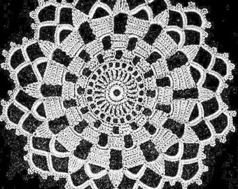 Beautiful Doily or Centerpiece. Vintage Crochet Pattern. Star Design. Home Decor. PDF Instant Download