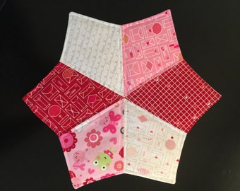 Valentine's Day quilted mug rug