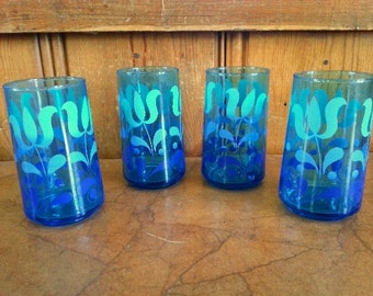 Retro Blue/Turquoise drinking glasses Tulip pattern
