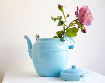 Enamelware, Enamel Tea Kettle, Enamelware Kettle, Blue Kitchenware, Country Kitchen, Farmhouse Kitchen, Tea Kettle, Blue Turquoise
