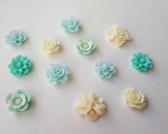 Pastel blue and cream cabachon set, (12 pieces, medium size)