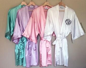 Satin Bridesmaid Robe, Bridesmaid gift, Bridal party gift, satin kimono robe, bridesmaid gift, maid of honor gift, plus size robe (R004)