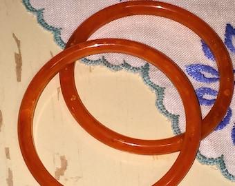 Lot of 2 Vintage Tangerine Orange Bakelite Bangles Bracelets Marbled Tested