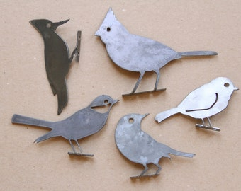 Decorative Metal Bird Statue Set of 5  |  rustic outdoor garden decor