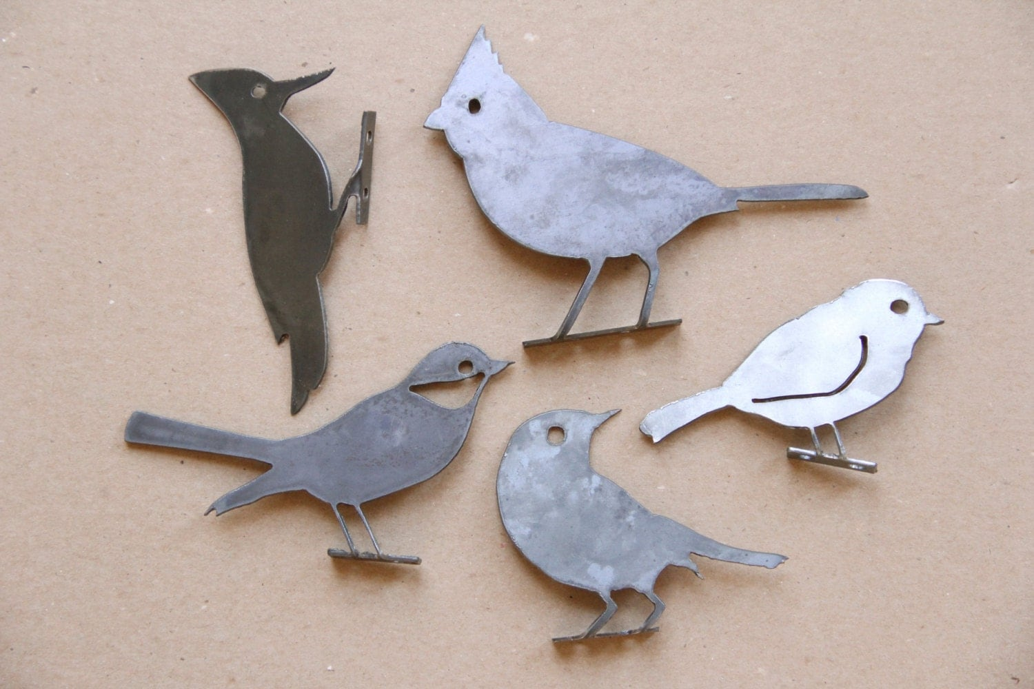 Decorative metal bird statue set of 3 rustic outdoor for Decorative birds for outside