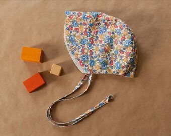 Floral Sun Bonnet, Newborn - Toddler size, Girls Bonnet, Baby Bonnet, Brimmed Bonnet