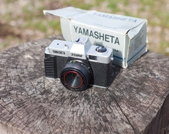 Yamasheta 35mm Plastic Camera