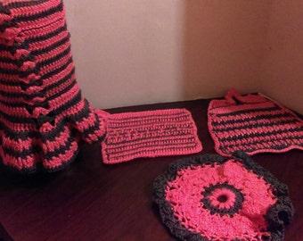 Crochet Dishcloth set.Handmade Kitchen essentials set. Crochet kitchen set. Pod holder.Crochet Dishcloth. Doily. Blender cover