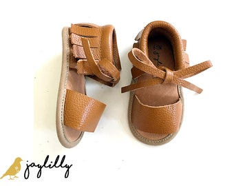 SALE!!! BROWN Baby Sandals, Baby Moccasins, Baby Girl Shoes, Baby Girl Sandals, Baby Shoes, Brown Moccasins, Baby Shower Gift, Sandals