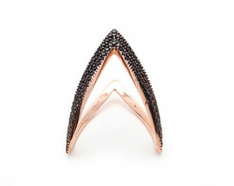 Chevron Ring. 925 Sterling Silver with 14K Rose Gold Plated.