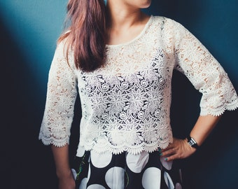 Ivory Lace Top. Floral Lace with vintage pearl buttons. 3/4 Sleeve Lace Top. Ships Worldwide.