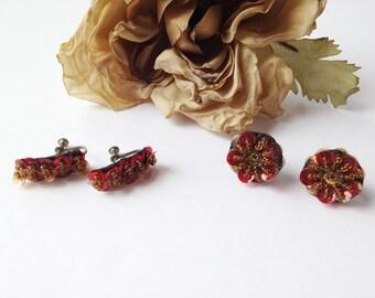 Vintage felt screw back earrings lot / vintage felt earrings / vintage earrings / screw back earrings / vintage bead earrings