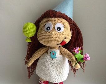 Birthday girl, PDF CROCHET PATTERN, Instant Download, Amigurumi