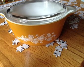 Butterfly Gold Casserole Dish 475-B