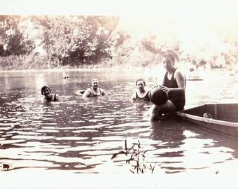 30s Swimming Snapshot, 30s Vintage Photo, Vintage Snapshot, 30s Snapshot, Water Play Photo, 30s Swimsuit Photo, Vintage Swimsuit Photo,