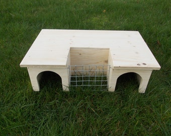 Large Play House/ Shelter/ Tunnel With Hay Rack