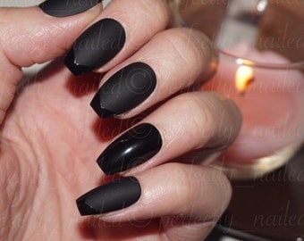 Matte Black Handpainted False Nails with Glossy Detail • Handpainted False Nails • Fake Nails • Press on Nails • Stick on Nails