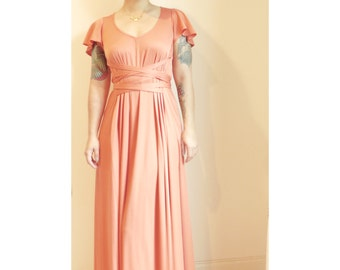 Vintage 70s Knit Maxi tied at the waist // coral // size medium