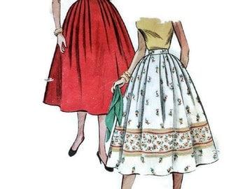 1950s Vintage Sewing Pattern - Simplicity 4648 - Circle Skirt