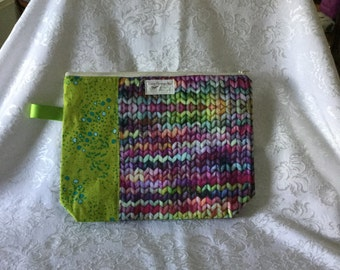 Small project bag for knitters/crocheters