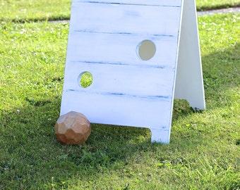 Shiplap Rustic Ball Toss