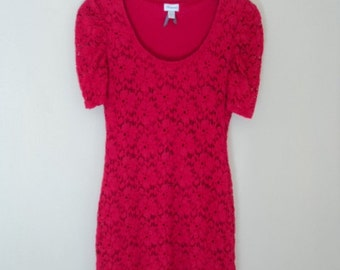 Red vintage lace dress. Mini tight dress in red lace, flower pattern.