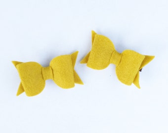 Felt Bow Hair Clips, Bow Hair Clips, Set of 2 alligator clips, mustard yellow