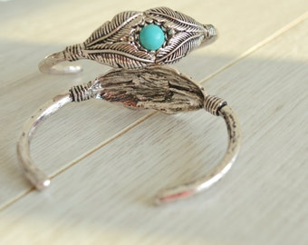 Bohemian Antique silver feather bangle cuff stacking bracelet, Native American Navajo Inspired Arm Cuff Bangle, Native American jewellery