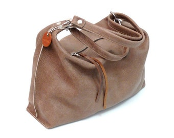 Leather pocket shopper