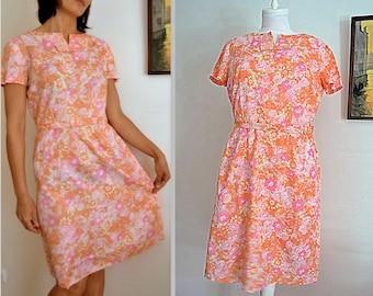 Floral pink satin dress with belt knee long peach pink floral handmade womens dress short sleeved size Medium vintage 60s