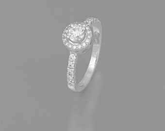 14 k White Gold engagement ring