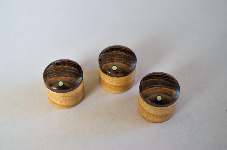 macassar ebony on ash set of 3 custom wood guitar knobs. Black Bedroom Furniture Sets. Home Design Ideas