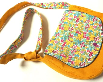 Bag in mustard yellow flax & flowers flap