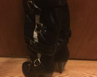 Black knee high boots 7.5