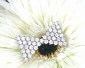 Art Deco Brooch Bow Tie Diamond Rhinestone Silver Tone Brooch 1920s30s Costume Jewellery Vintage Jewellery dickey bow