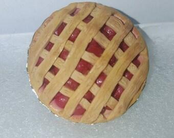 Lattice Cherry Pie charm