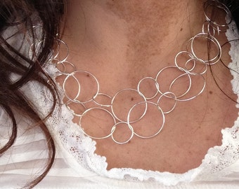 Bubble Line Necklace