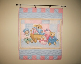 Bear&Doll Wall Hanging / Quilt