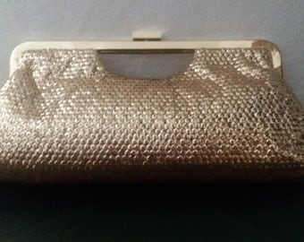 Gorgeous clutches for elegant evenings