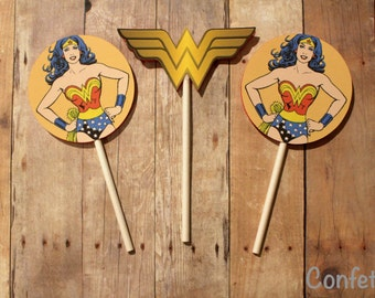 SALE!!! Wonder Woman Cupcake Toppers