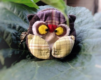 Owl quilt coin purse 3x3""